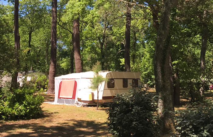Emplacement: camping et carvaning